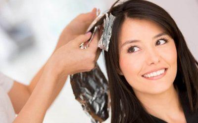 ¡5 soluciones caseras para eliminar la coloración del cabello!
